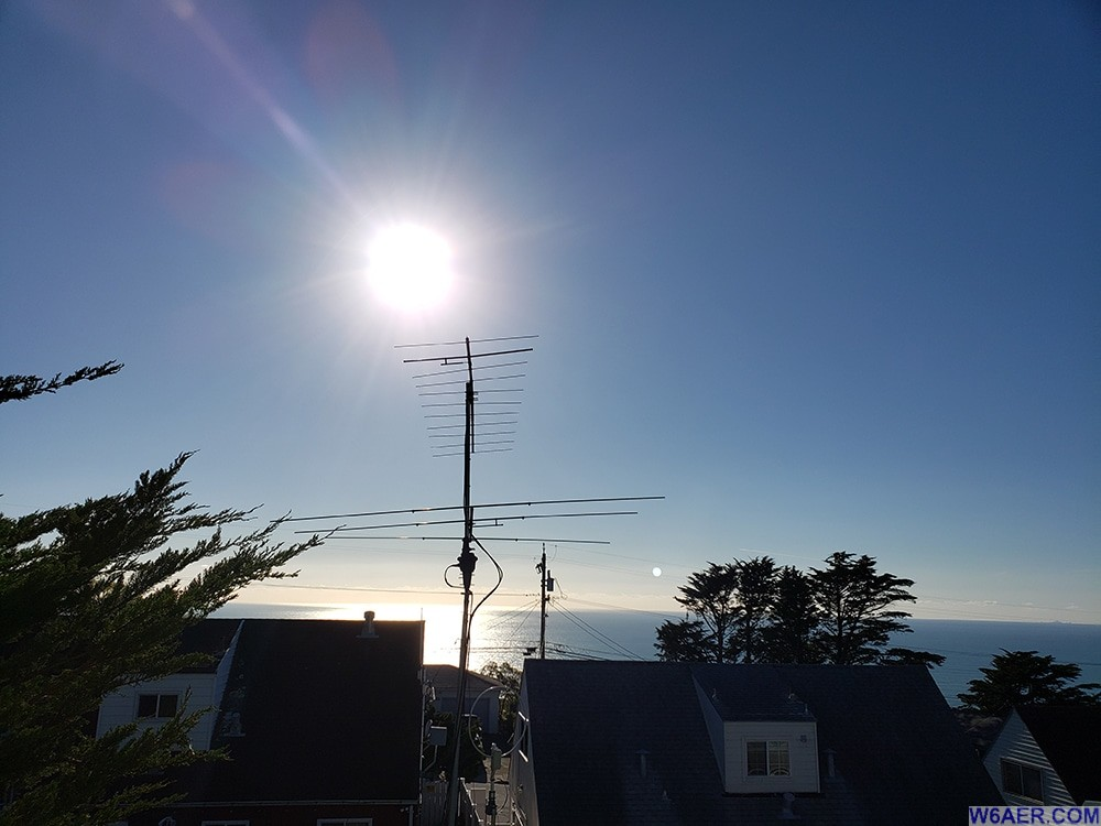 W6AER_6m_2m_Antennas_Looking_Towards_Hawaii